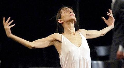 Pina Bausch dies aged 68