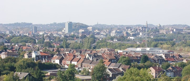 1200px-Charleroi_vu_depuis_Couillet_cropped